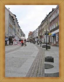 Stare miasto Olsztyn zabytki rynek i kamieniczki hotele.
